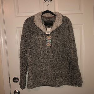 BEST OFFER BRAND NEW True Grit Pullover